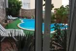 Двухкомнатный номер у бассейна