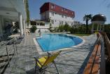 Гостиница в Алуште с бассейном